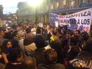 Las manifestaciones del Plan corneta dejaron 2 heridos y 3 buses afectados en la carrera decima