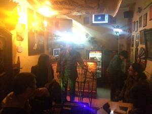 Las Flores de Valentina, Café-Bar