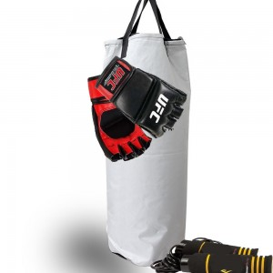 Guantes y Cuerda es lo único que necesita para iniciar en MMA