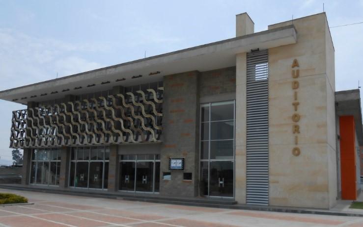 Auditorio principal del Mosquera.