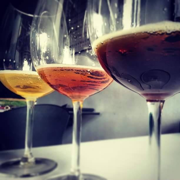 Bebidas alcohólicas cada vez más presentes en los jóvenes capitalinos, causando atracción desmedida por consumirlas.
