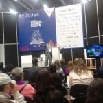 Héctor Galindo brinda conferencias acerca de los efectos de meditar en el cerebro en la Feria del libro