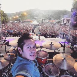 El Pulpo Rojas Néstor Rojas baterista